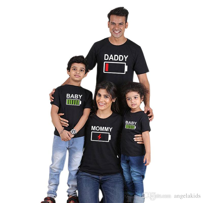 Abiti di abbinamento familiare Abiti da madre e figlia Abbigliamento 2019 Abbigliamento per famiglie Abbigliamento Cotton Breve Famiglia Corta Abbinamento manica corta maglietta
