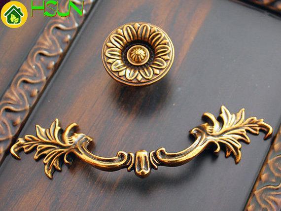 Antique Brass  Metal Furniture Knobs Door Knocker  Cupboard Dresser Cabinet Handles Vintage  Pattern Drawer Pulls Country style