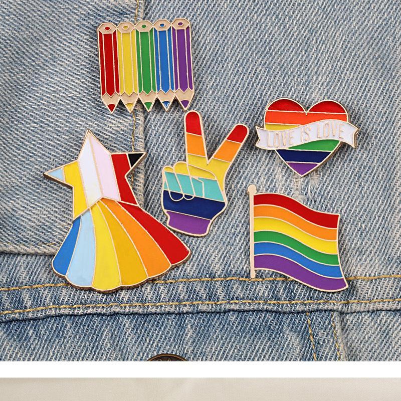 Gökkuşağı iğneler Yaratıcı Parmak Oyunu Turntable Broş Karikatür Koyun Fare Bulut Renkli Yaka Pin Kalp ceketler Yaka Rozeti Takı hpz1989.
