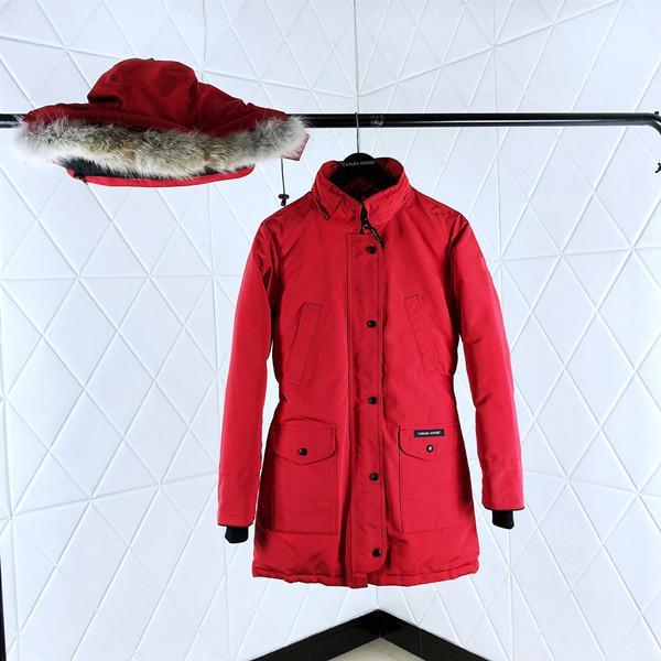 2019Chilliwack star avec le même designer hommes et femmes épaisse manteau de fourrure col de chemise de mode personnalité chaude sauvage sauvage doudoune