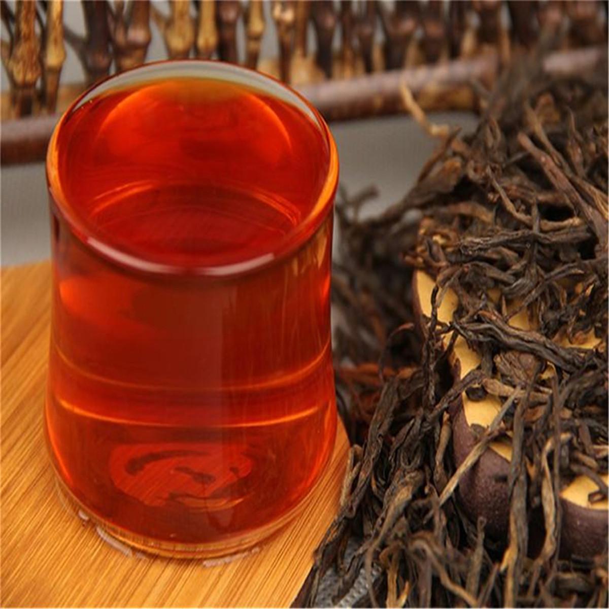 Las ventas calientes regalos té de China Yunnan Dianhong Negro en caja china del té del resorte Fengqing sabor fragante rama dorada verde de alimentos