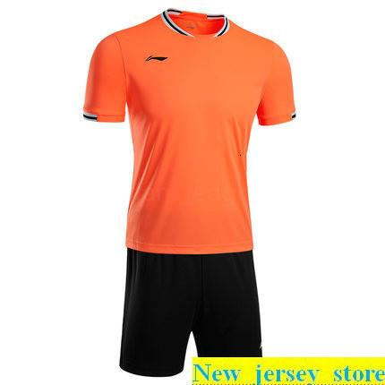 Top personalizzato maglie calcio poco costoso libero di sconto all'ingrosso qualsiasi nome qualsiasi numero Personalizza Football Shirt formato S-XL 148