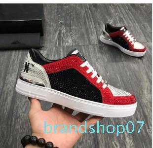 Nova Chegada Sneaker-Plataforma Sapatos Masculinos SS1798 Top Estrelas Camada de luxo de couro de Rivet Casual Shoes EUR 38-45 xy02
