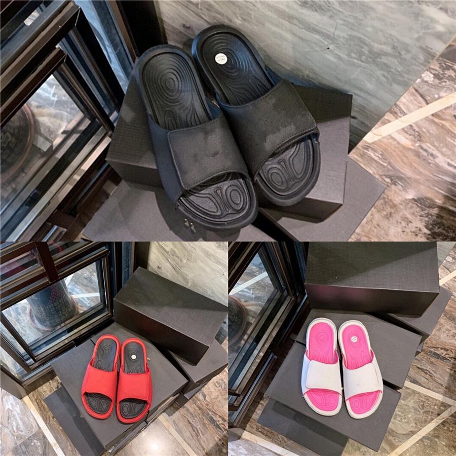 2020 Летний кисточкой Женщины Тапочки Flat обувь Pu кожа Пряжка Гладиатор Роскошные обувь Женщины Конструкторы Zapatos De Mujer Fringe # 804