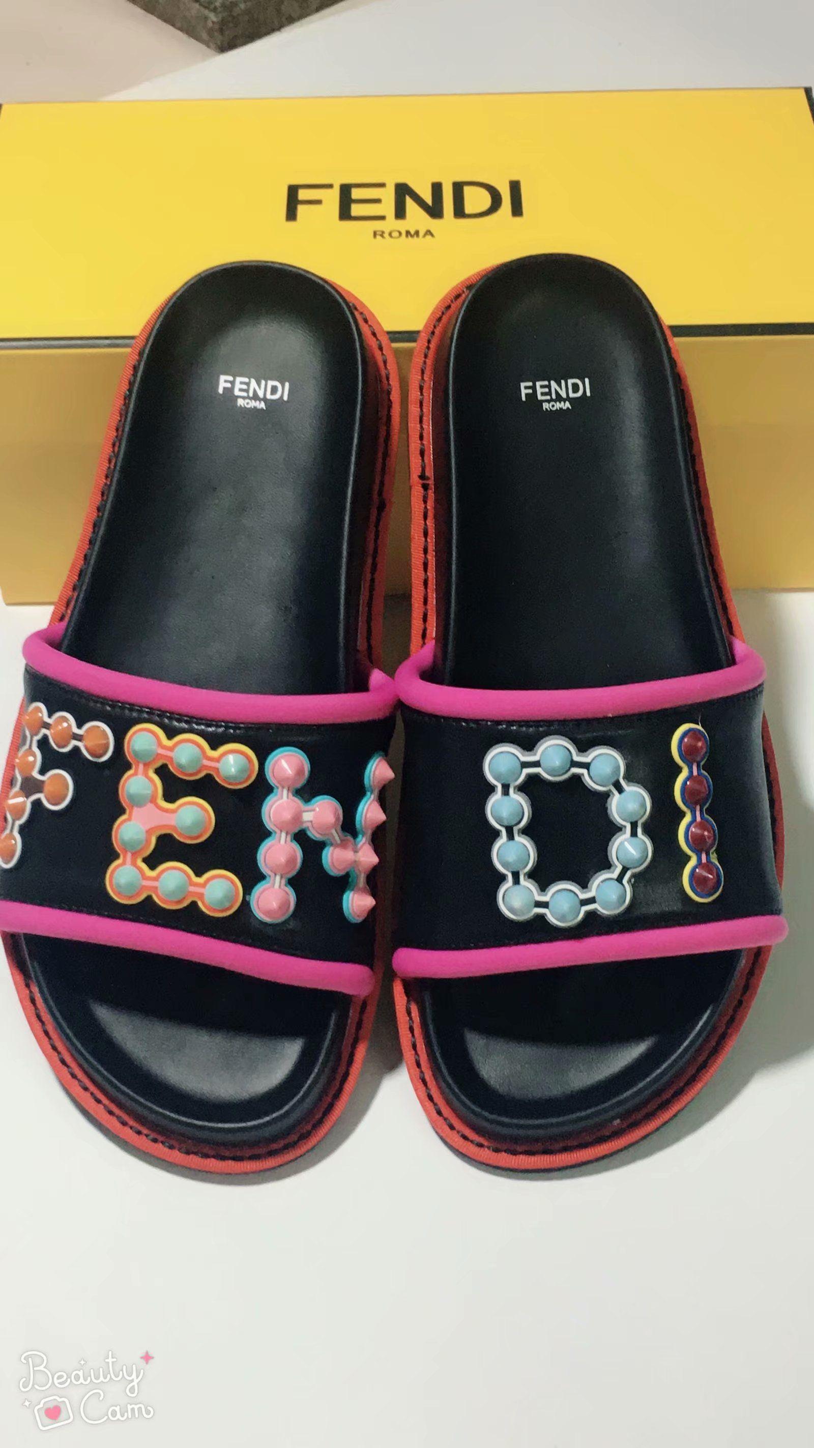2020 NUOVA pantofola ingranaggi battuta mens strisce sandali causali antiscivolo huaraches estivi ciabatte infradito pantofola MIGLIORE QUALITÀ 35-45