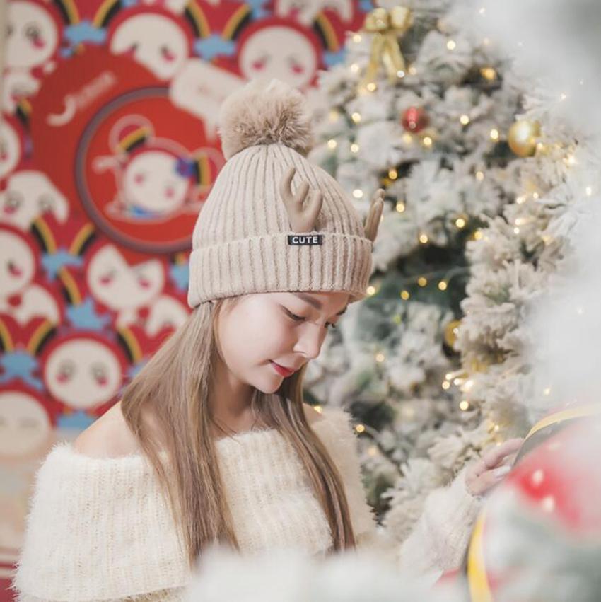Moda- 8 cores Pom Pom Inverno Quente Chapéus Knit Beanie Natal Papai Noel Chifre Cap LJJO7214-3