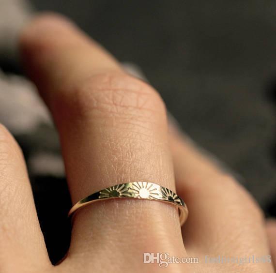 الجملة خمر المرأة 14K الذهب الشمس نمط حلقة خواتم الزفاف الاشتباك فنجر باند الطوق أنثى الحد الأدنى مجوهرات هدايا حجم 6-10