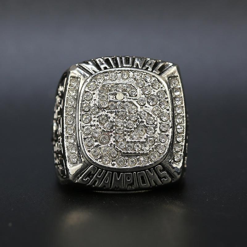 2004 USC Trojans College Football National Championship ring