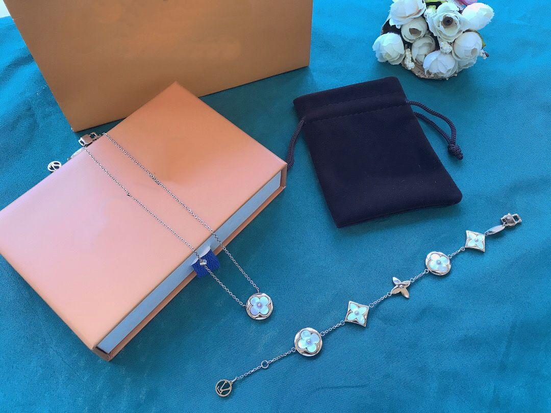 Europa Amerika Stil Schmuck Sets Dame Frauen V Initials Weiße Mutter von Perle Einzelner Diamant Rose Gold Halskette Armband Sets