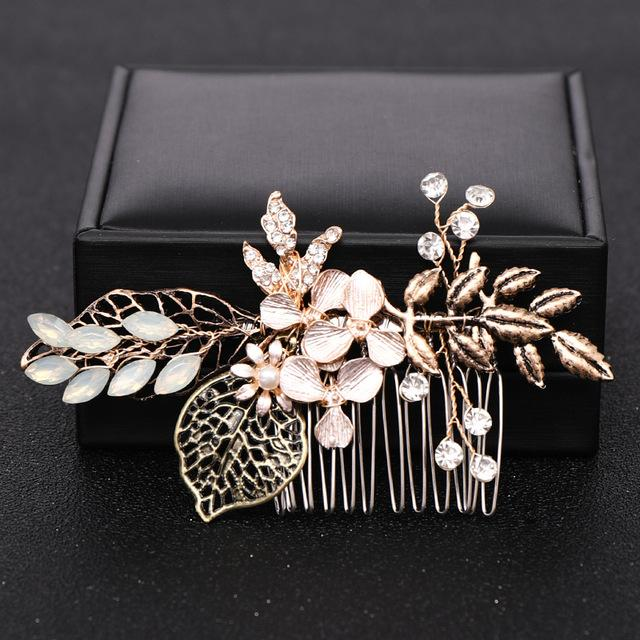 Vintage Gold Crystal Wedding Hair Combs Hair Accessories Women Back Decorative Comb for Bridal Headpiece Women Hair Jewelry