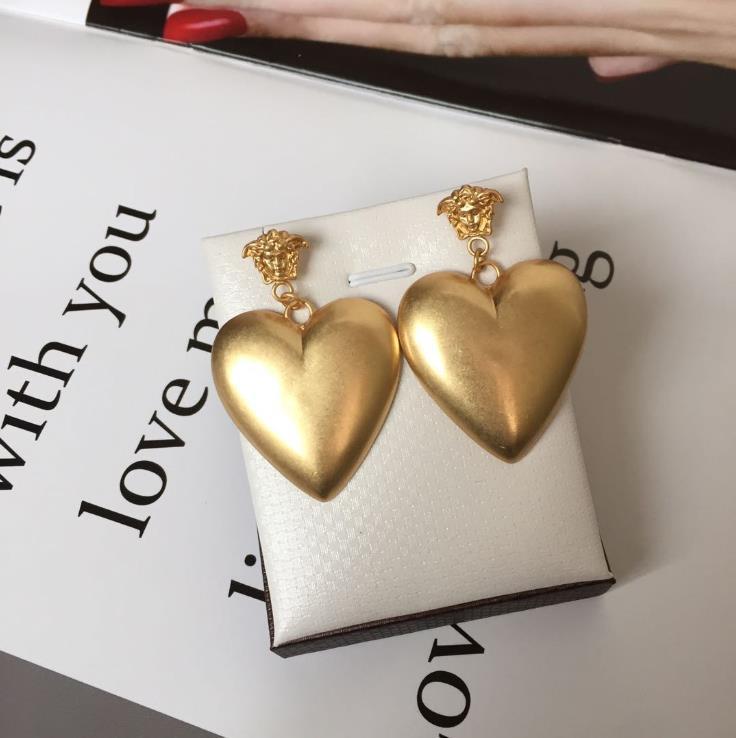 tête beauté, boucles d'oreilles coeur d'amour, étoile d'or rétro femme, même Boucles d'oreilles en laiton