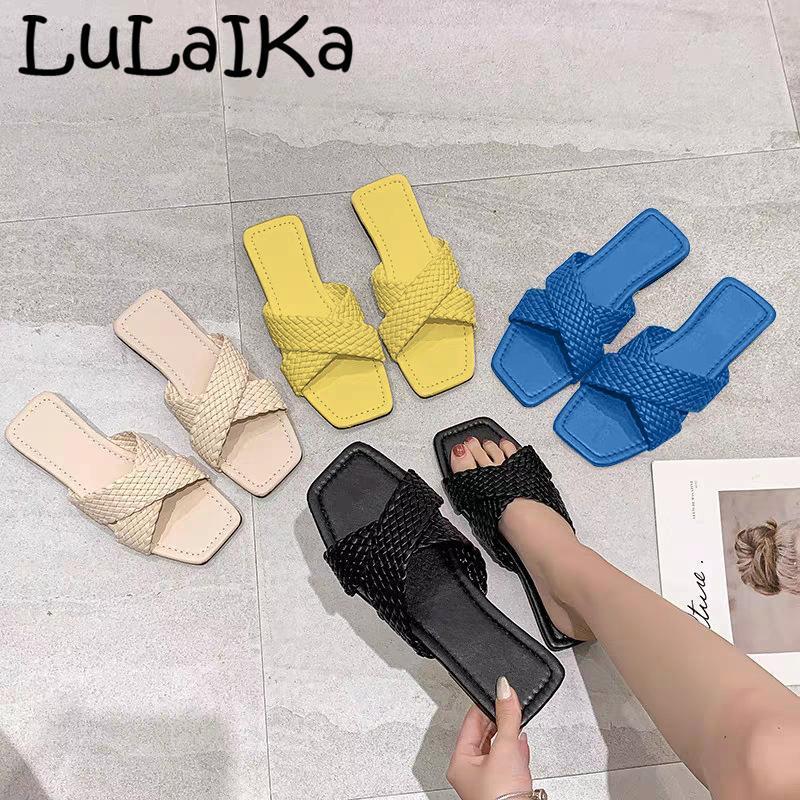 Chinelos 2021 mulheres chinelo de verão moda salto liso sapatos sapatos sandália deslizamento na praia causal flip flop 36-42