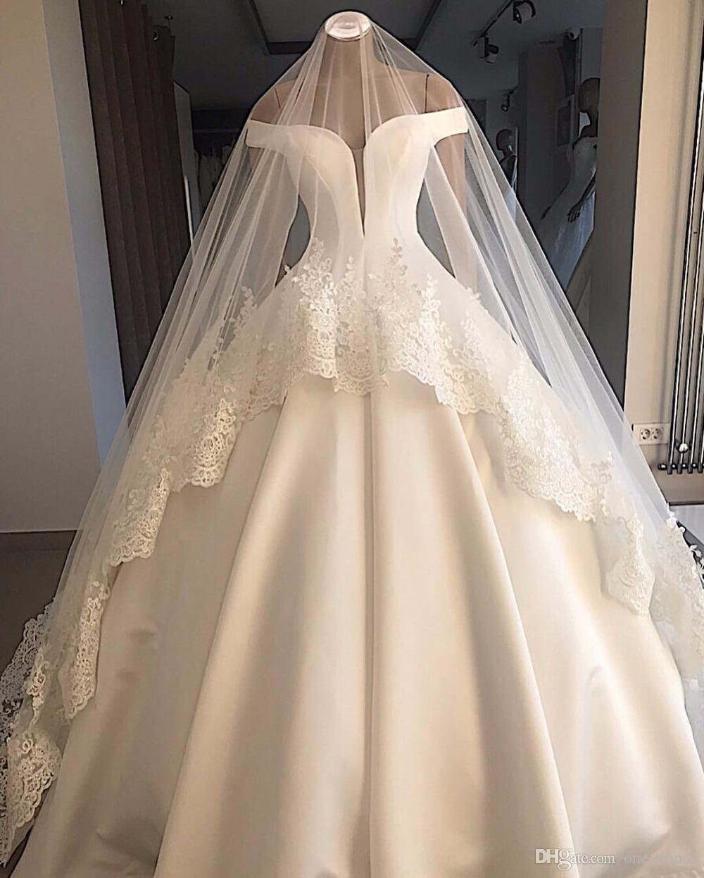 Real Pictures Vintage Off Shoulder Ball Gown Wedding Dress With Veils Sparkly Luxury Saudi Dubai Arabic Plus Size Bridal Gown