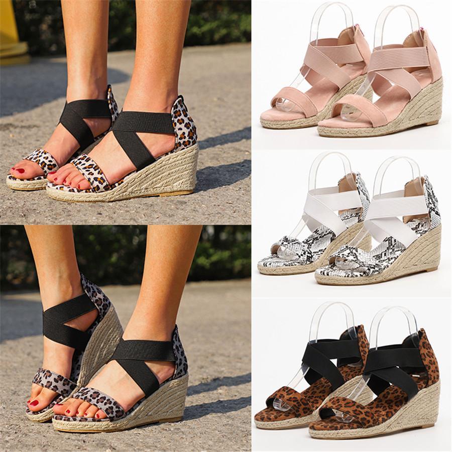 2020 Yeni Moda Çoklu Renk Pantshoes 2020 Yüksek Topuklar Kadın Yaz Tasarımcı Skandallar Stok Ucuz Kapalı Lady Sandal