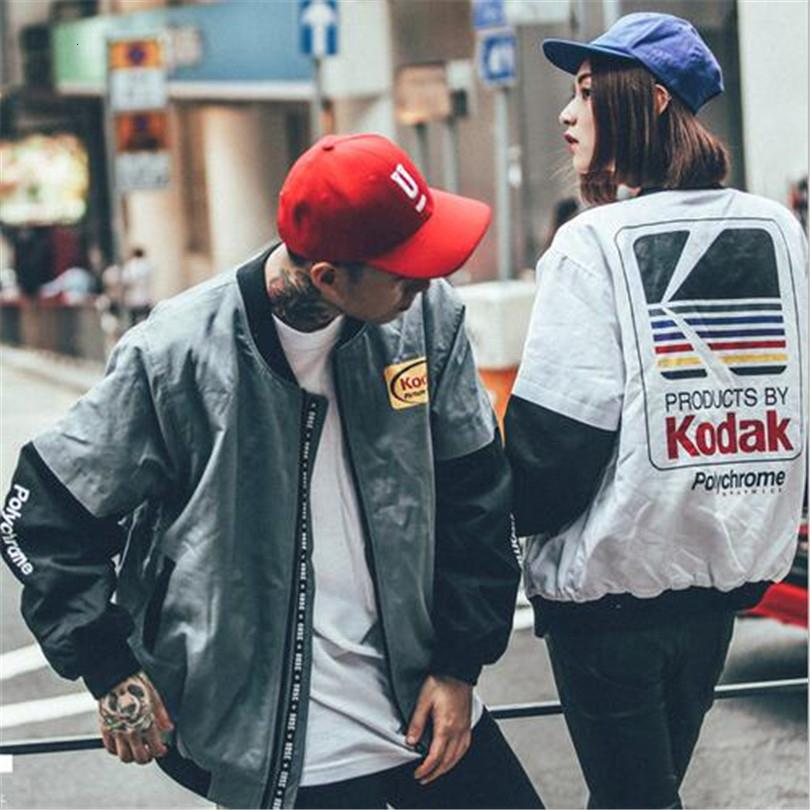 Japonés chaqueta de estilo de Hip Hop MA1 bombardero Harajuku calle piloto de impresión Kodak Chaquetas Hombres Mujeres coat Prendas de abrigo CJ191205