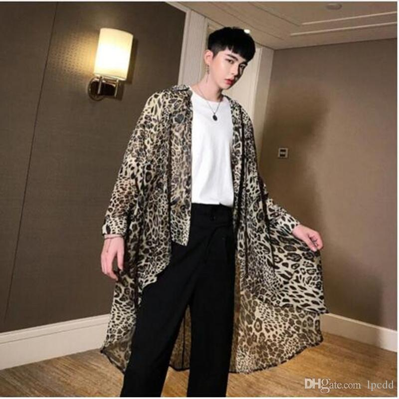 2019 été ultra-mince léopard hommes mousseline de soie longue chemise irrégulière ourlet conception rue punk chemisier mâle boîte de nuit chanteur costume de scène