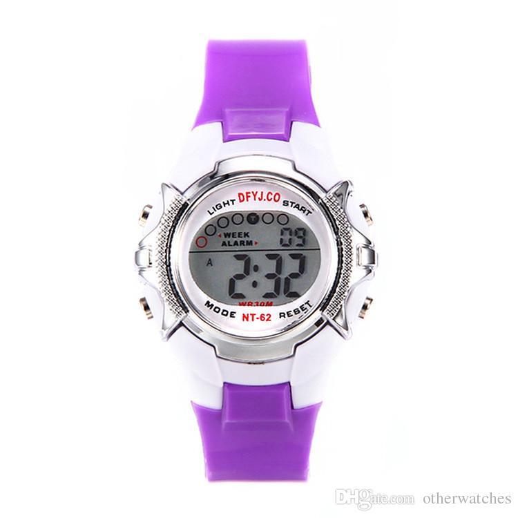 Orologio sportivo trasparente orologio impermeabile luminoso orologio elettronico esterno
