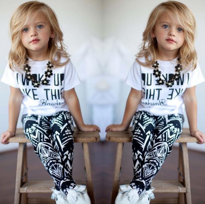 طفلة ملابس البوليستر نشط قصيرة كيد 2PCS يناسب الأطفال استيقظت مثل هذا القمم قميص + بنطلون مجموعة BY1266