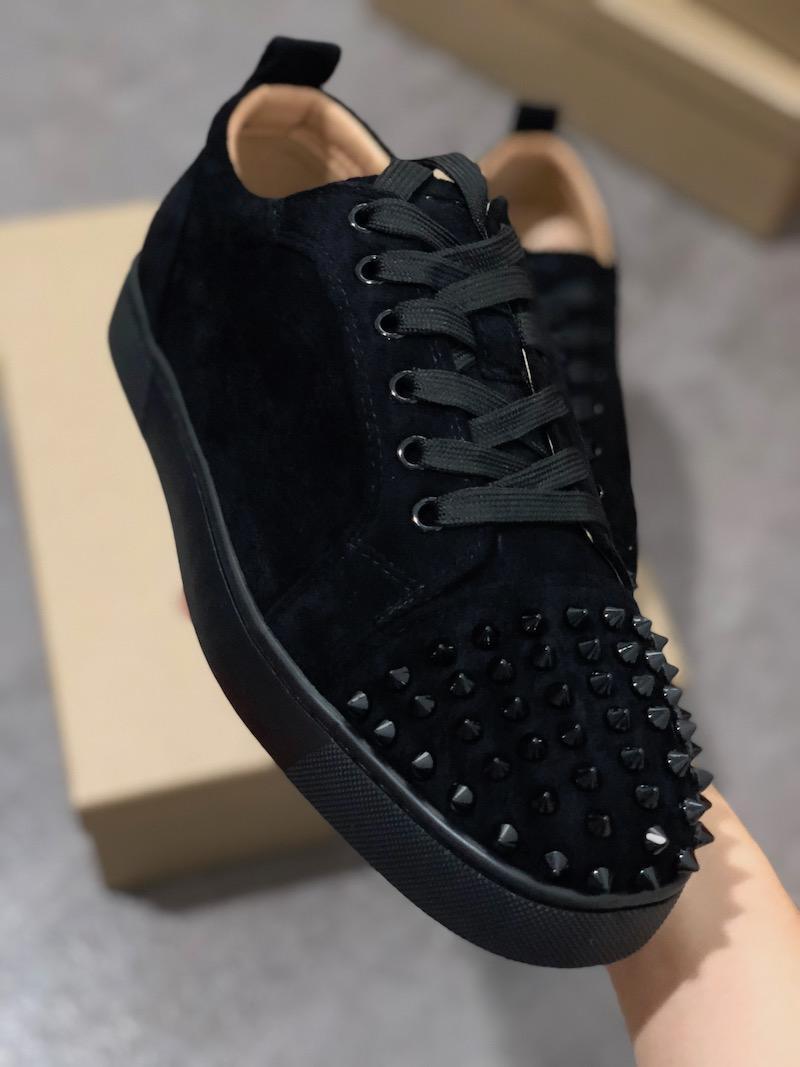 Kadınlar Parıltı Parti Aşıklar Gerçek Deri gündelik perçin Sneaker L05 için 2019 Moda tasarımcısı Kırmızı Bottoms ayakkabı Çivili Dikenler Düz ayakkabılar