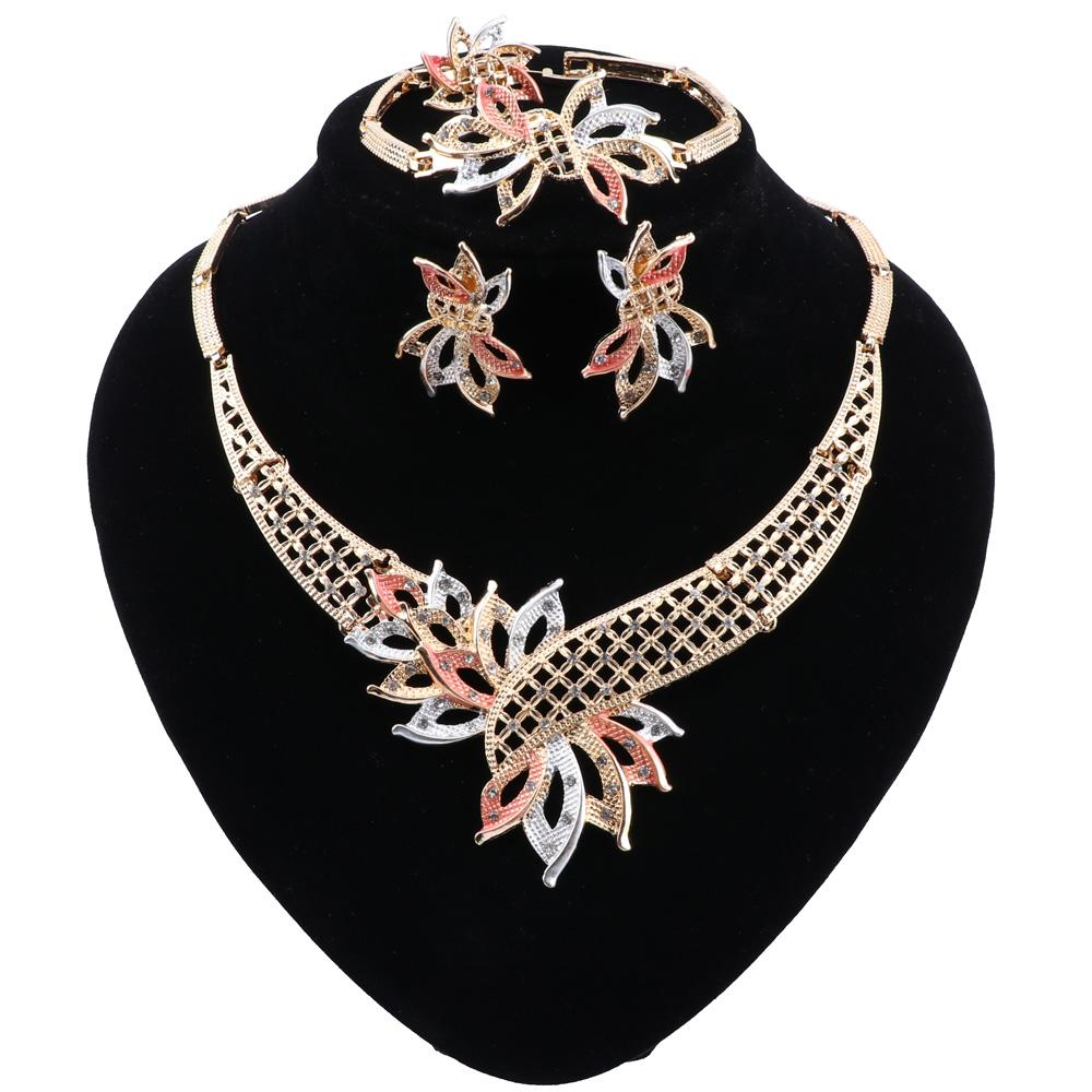 2915 for a party; for a gift elegant jewelry set; necklace plus bracelet; every day Classic