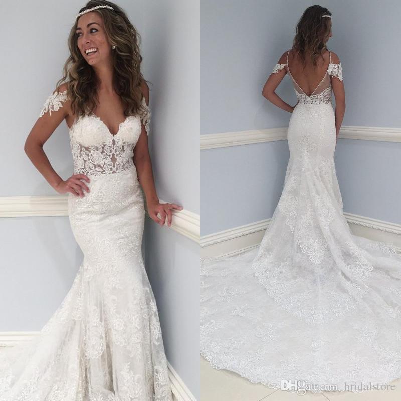 robes de mariée de pays de sirene de dentelle élégante cape manches v cou train long sexy robe de mariée boheme dos nu bas Robes de mariée bohème