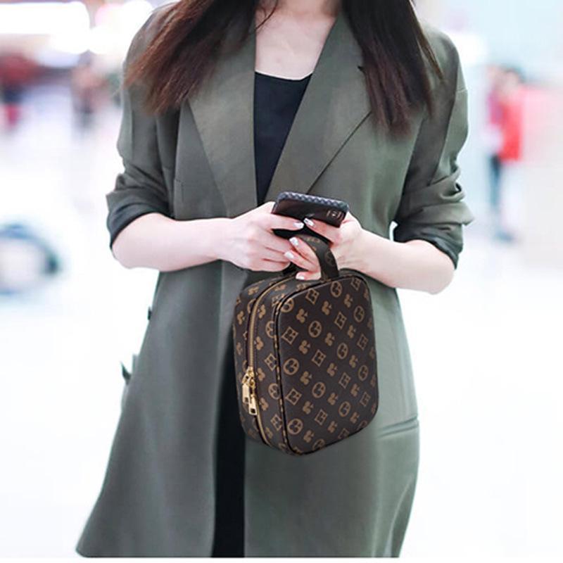 bolsa de almacenamiento sencilla popular para su viaje de negocios a prueba de agua cosmético del bolso del bolso de las mujeres lavan cosmética portátil