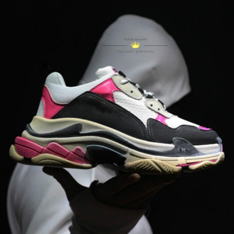 2020 CALIENTE Paris Triple S Zapatos de diseñador Casual Low Top Sneakers Triple S Hombres y mujeres Zapatos casuales Zapatillas deportivas 36-45