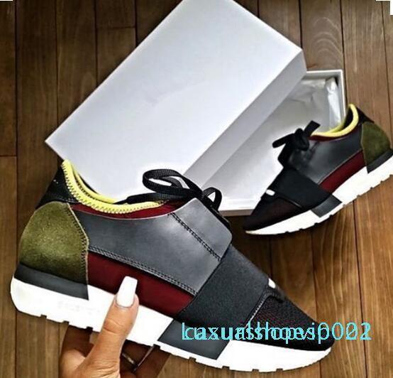 Nouvelle Arrivée Unisexe Chaussures Casual Mans Femme Sneaker Mode Mesh Cuir Rouge Blanc Chaussures Designer scarpe di lusso Runner chaussures US 5-12 c22