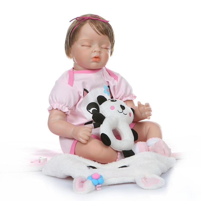 New NPK 55CM neugeborenes Baby realitic neu geboren Baby schlafen Mädchenpuppe weichen gewogene Körper verwurzelten Haar in Panda Kleid Puppe bebe