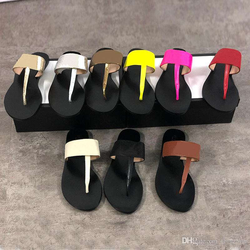 Echtes Leder Frauen Sandale Flip Flops Metall Sliders Herren Womens Slipper Große Größe 34-42 mit Box 9 Farben Top Qualität Strand Flip Flop