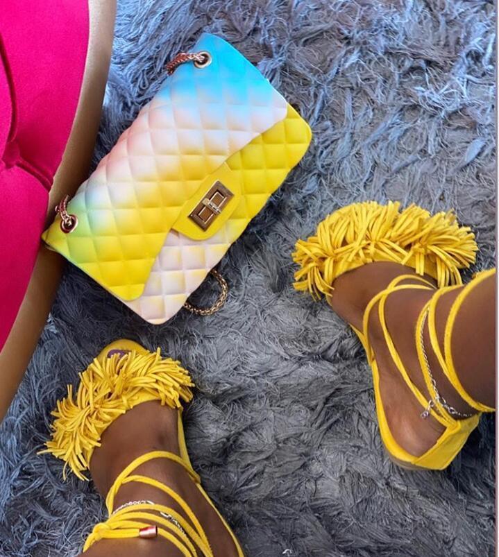 Nouveau Fuchsia Jaune Noir Glands style Sandales d'été Casual sandales plates de luxe dames Canvas Party Sexy Ladies Chaussures DHL gratuit