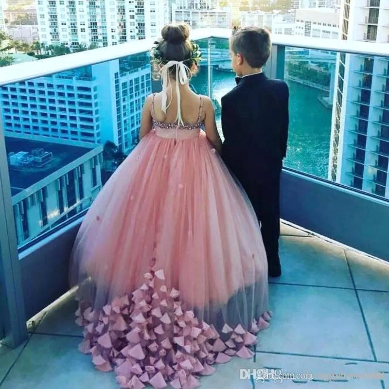 Inci Pembe Tül Çiçek Kız Elbise 2019 Spagetti Sapanlar 3D Çiçek Boncuklu Backless Kızların Pageant Örgün Doğum Günü Partisi Elbiseleri