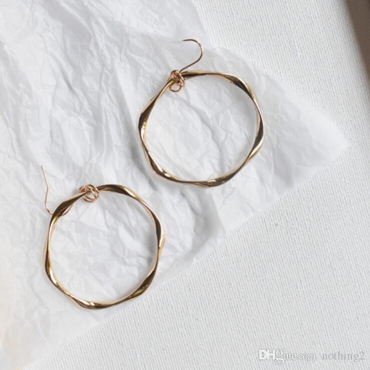 desigenr brincos do punk jóias de argola círculo torcida brincos forma geometria rodada clássicos para as mulheres moda quente