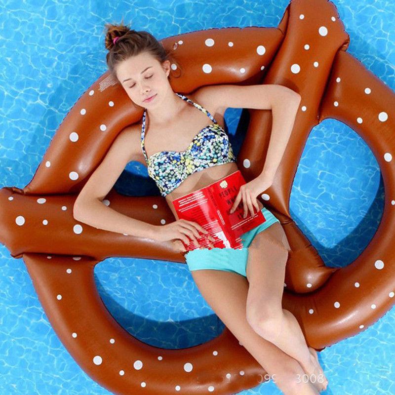 2017 piscine gonflable Float Swimline Lounge flottant Raft nouveau président eau Dot Portable Imprimer le bien-être pour les femmes de vacances