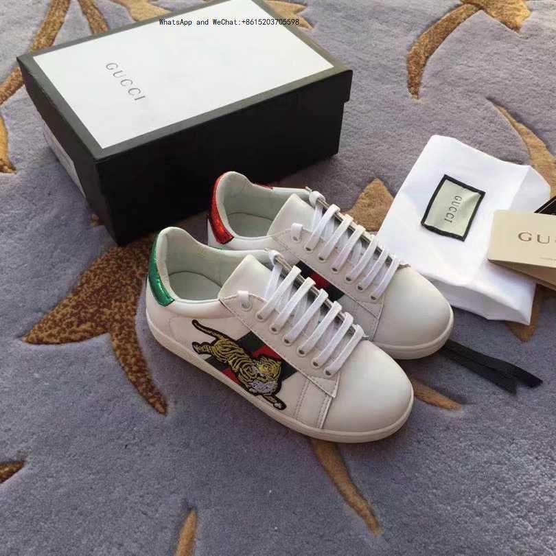 1 Kinder neue Muster angepasst Kinder hohe Qualität kleine braune einzelne weiche Mädchen Freizeitmode Schuhe Sohle