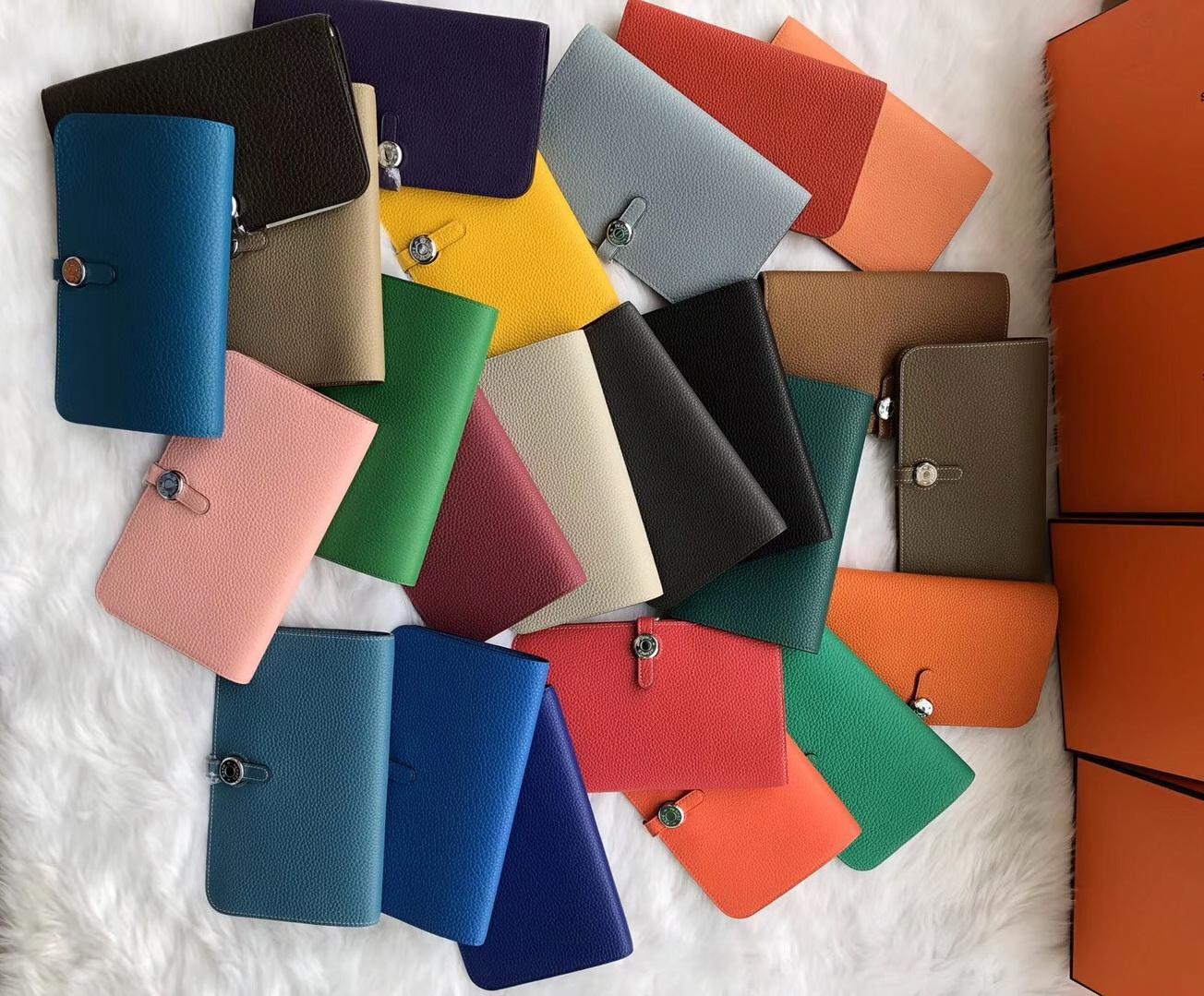 Классический горячий продавать мода бумажник дизайнерский бренд натуральная кожа леди клатч pass port case кошелек бесплатная доставка