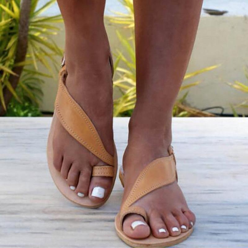 Sandálias Explosões das Mulheres Plano Toe de AKEXIYA Mulheres Sandálias de moda europeus e americanos grande tamanho 43