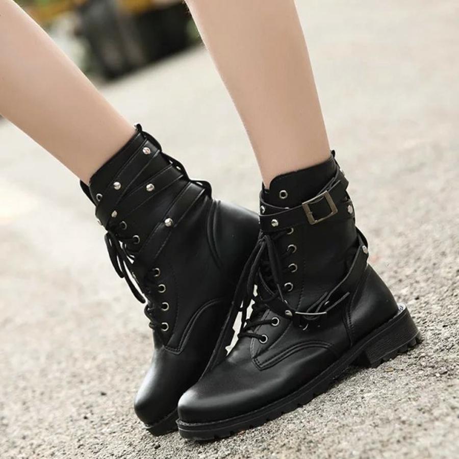 Tek botlar siyah kısa kadınlar toka dantel kemer ile kalın Yeni botlar kadın İngiliz rüzgar.