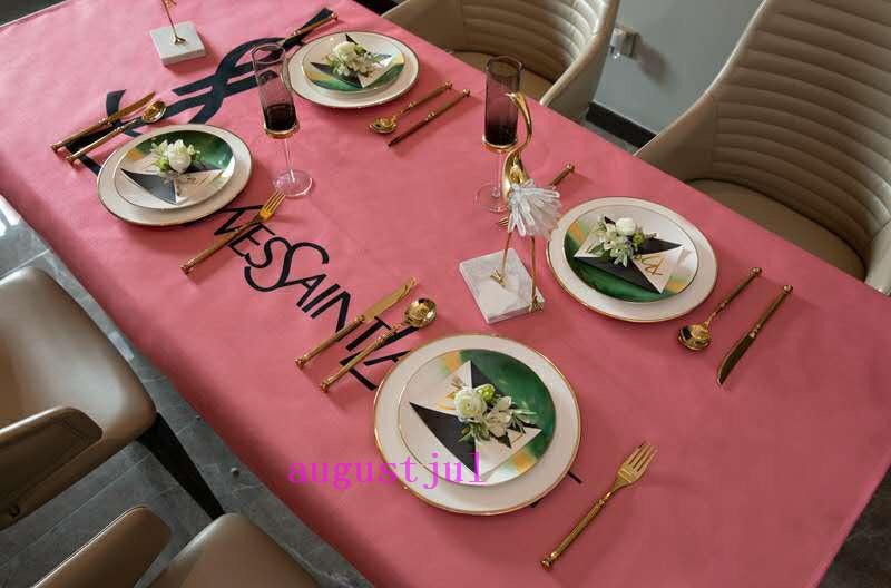 رسالة Pop Logos مفرش مائدة أحمر L كامل Fluret جديد غرفة طعام / مطبخ ملابس زخرفية 3 أسلوب