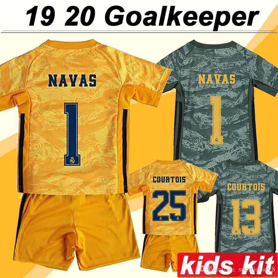 19 20 Real Madrid Goalkeeper Kids Kit NAVAS COURTOIS Soccer Jerseys Child Home Away HAZARD SERGIIO RAMOS BENZEMA Football Shirts Socks Suit