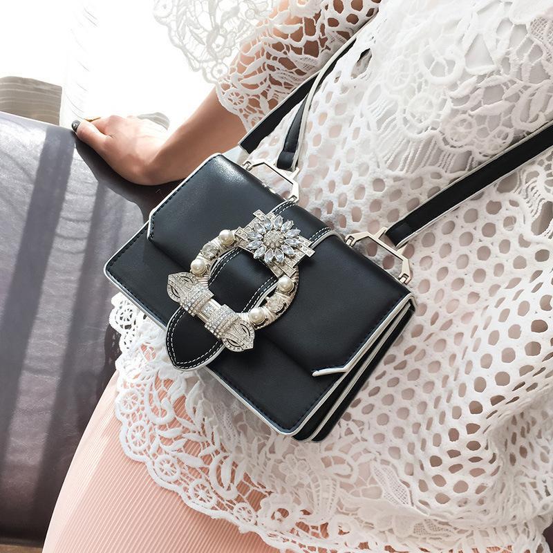 Crossbody Lady Çanta Lüks A Çanta Kadınlar Omuz # 40 Bayanlar Kesek Çanta Ana Deri Tasarımcı Çantalar DMKPW