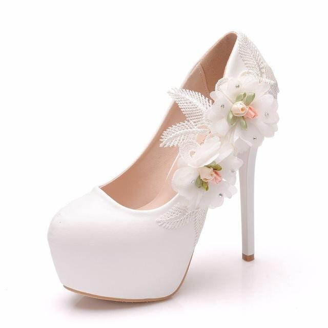 Fashion Wedding Shoes Lace Flowers Bridal Shoes High Heels Women Party Dress White Sweety 14cm Pumps Plus Size