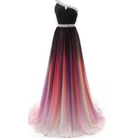 Classic One-shoulder Modest Bridesmaid Dresses A-Line Chiffon Ombre Prom Dresses Crystals Beading Maid of Honor Dresses