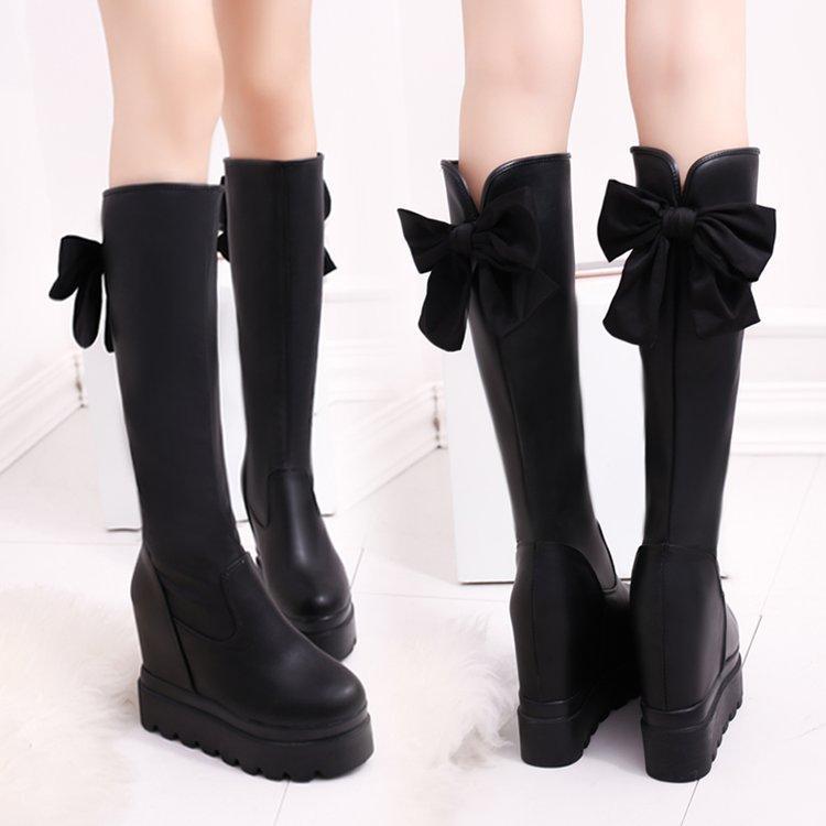 Bottes courtes femmes mais automne / hiver genou nouvelle fille 2020 à semelles épaisses et des chaussures hautes pour les bottes hautes du genou à l'intérieur