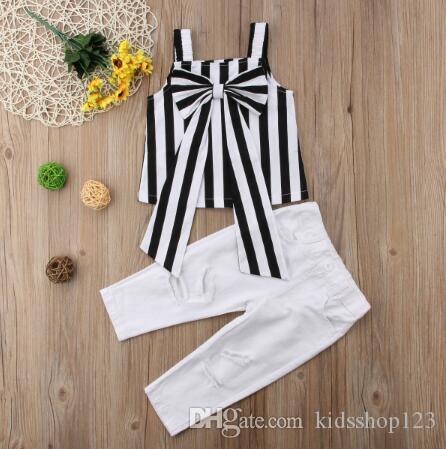 Bebek Çocuk Kız Bebek yazlık kıyafetler Big Bow Çizgili Kayış + Beyaz Hollow Pantolon 2PCS Bebek Kız Giyim Set Tops