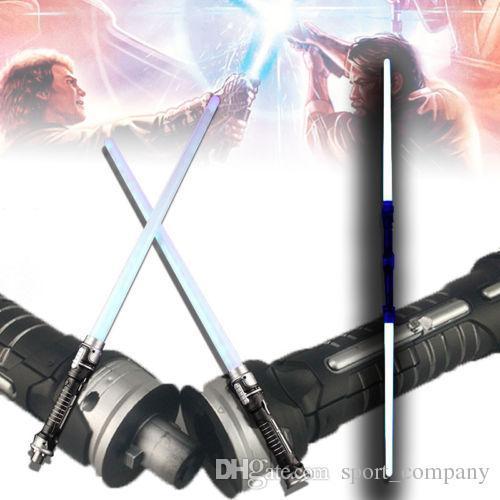 Menino presente de Natal da menina 2pcs luz intermitente Som Laser Espada Cosplay Props LED Lightsaber brinquedos criativos Luz Duplo Saber Crianças Brinquedos Para