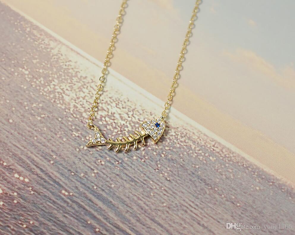 espina de pescado diseñador del collar de plata Sra S925 moda de Europa y América, elegante y simple incrustaciones de cadena de clavícula estudiante con el taladro p