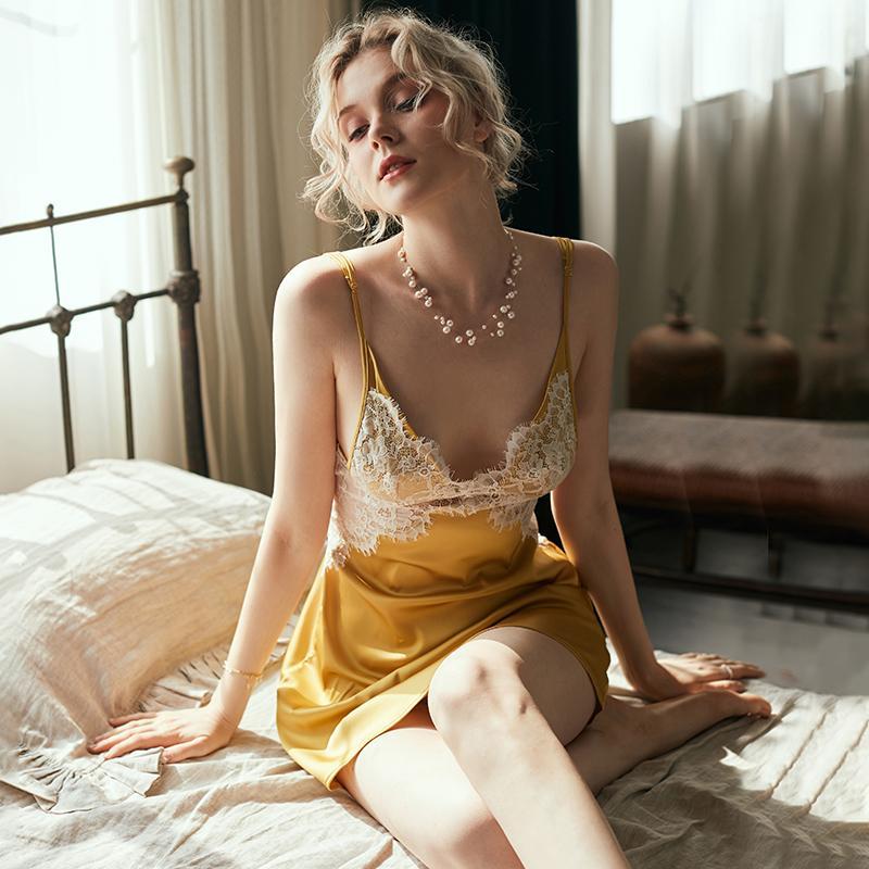 Super Sexy Lace Ice Silk V profundo Strap Nightdress Lingerie Nightgowns Mulheres de noite Backless Pijamas Nightie Homewear