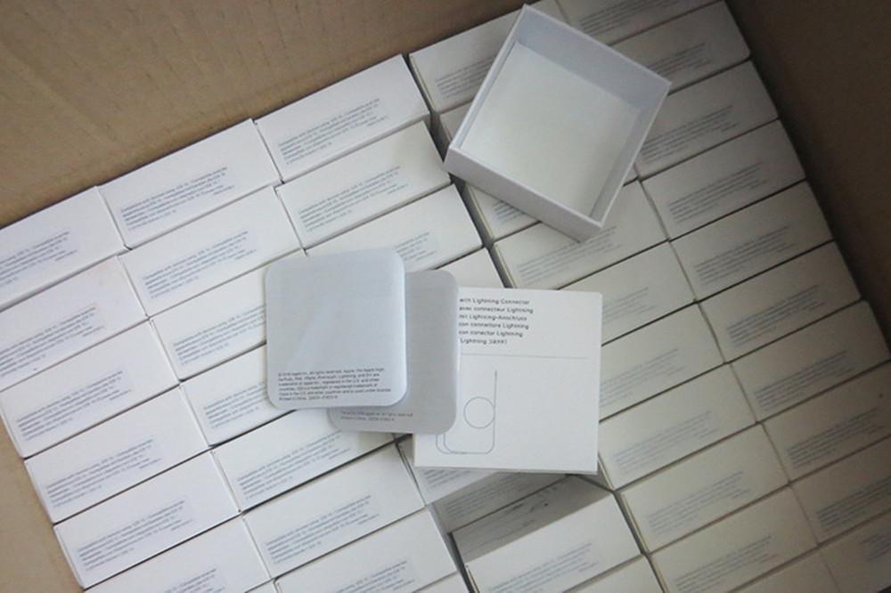 Nova com papel de embalagem 3,5 milímetros 4A + Qualidade na orelha com telecomando e microfone para 4 5 6 S fone MNHF2AM / A