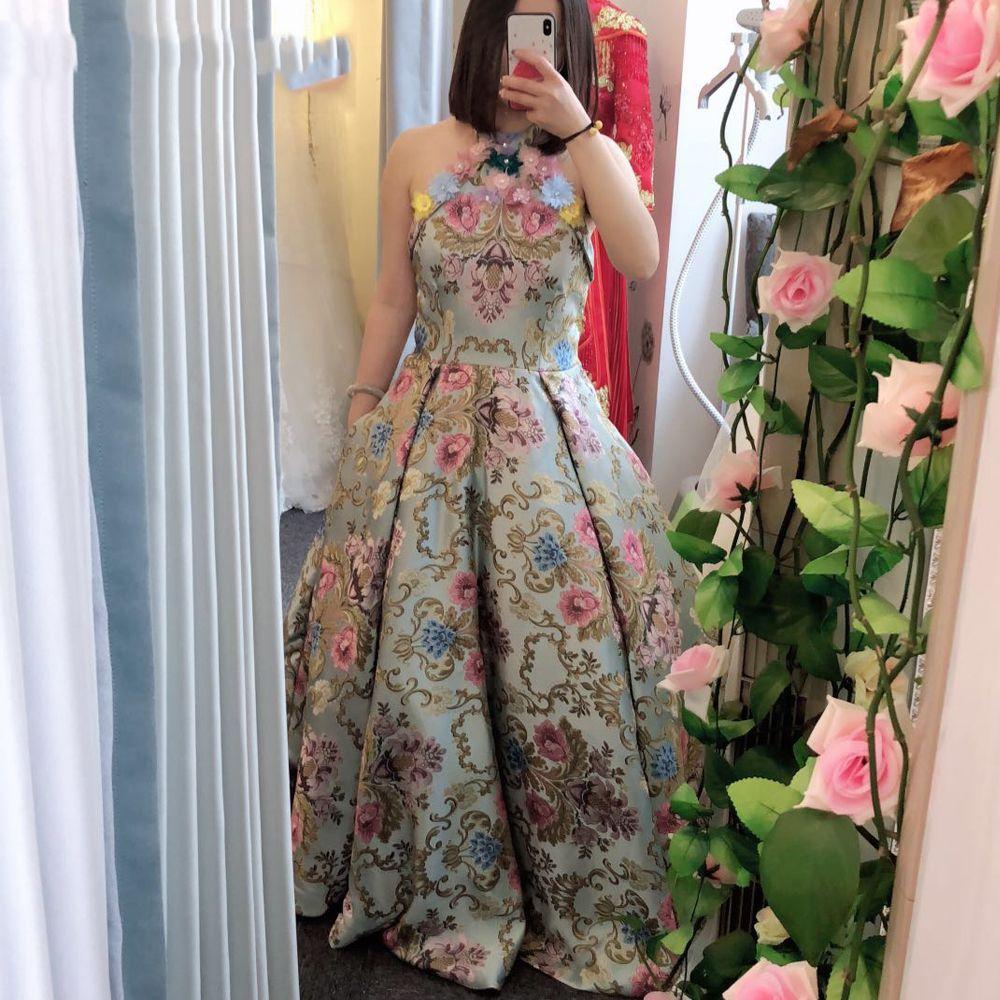 Gala Jurken lusso sfera Prom Dresses Gown 2019 Halter embrodiery elegante fiori 3D formali abiti di sera 2020 Vestidos de Gala